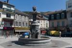 Lourdes, plaça Mercadal